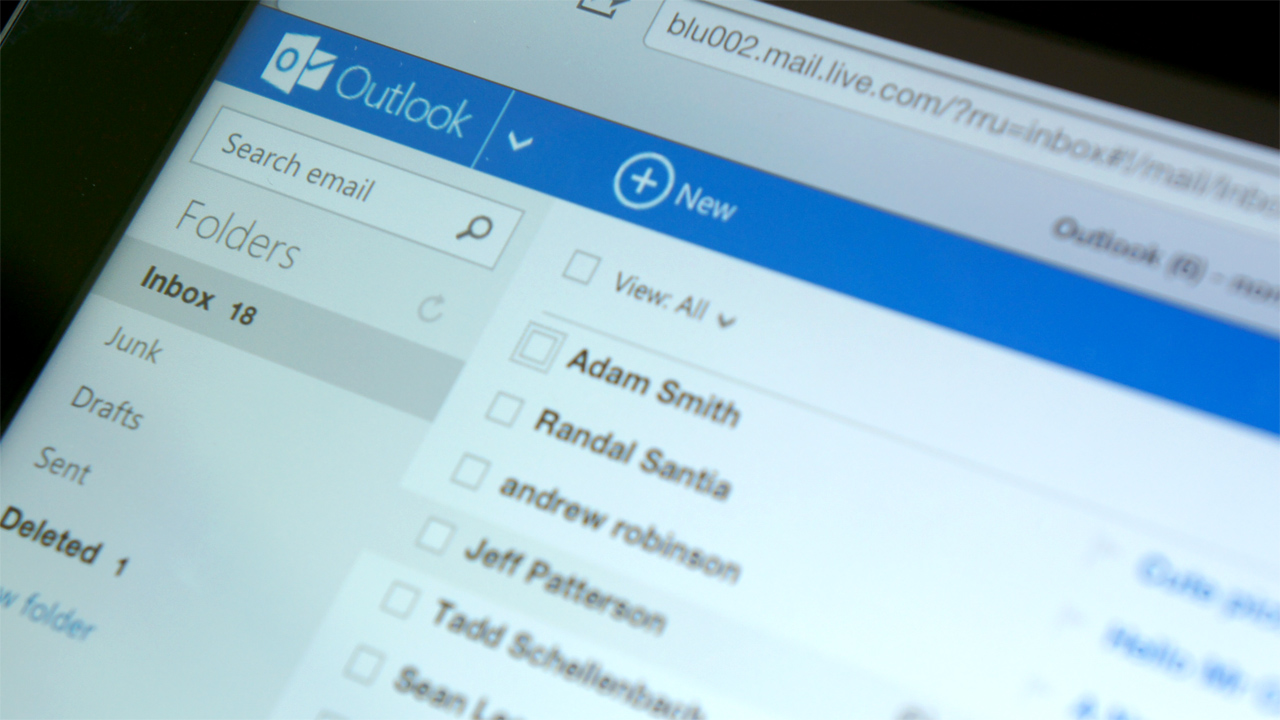 Microsoft's New Outlook: Simple, Smart, Superfluous - Tested