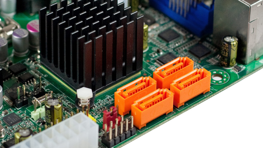 Why Storage Drive Speeds Don't Hit Their Theoretical Limits - Tested