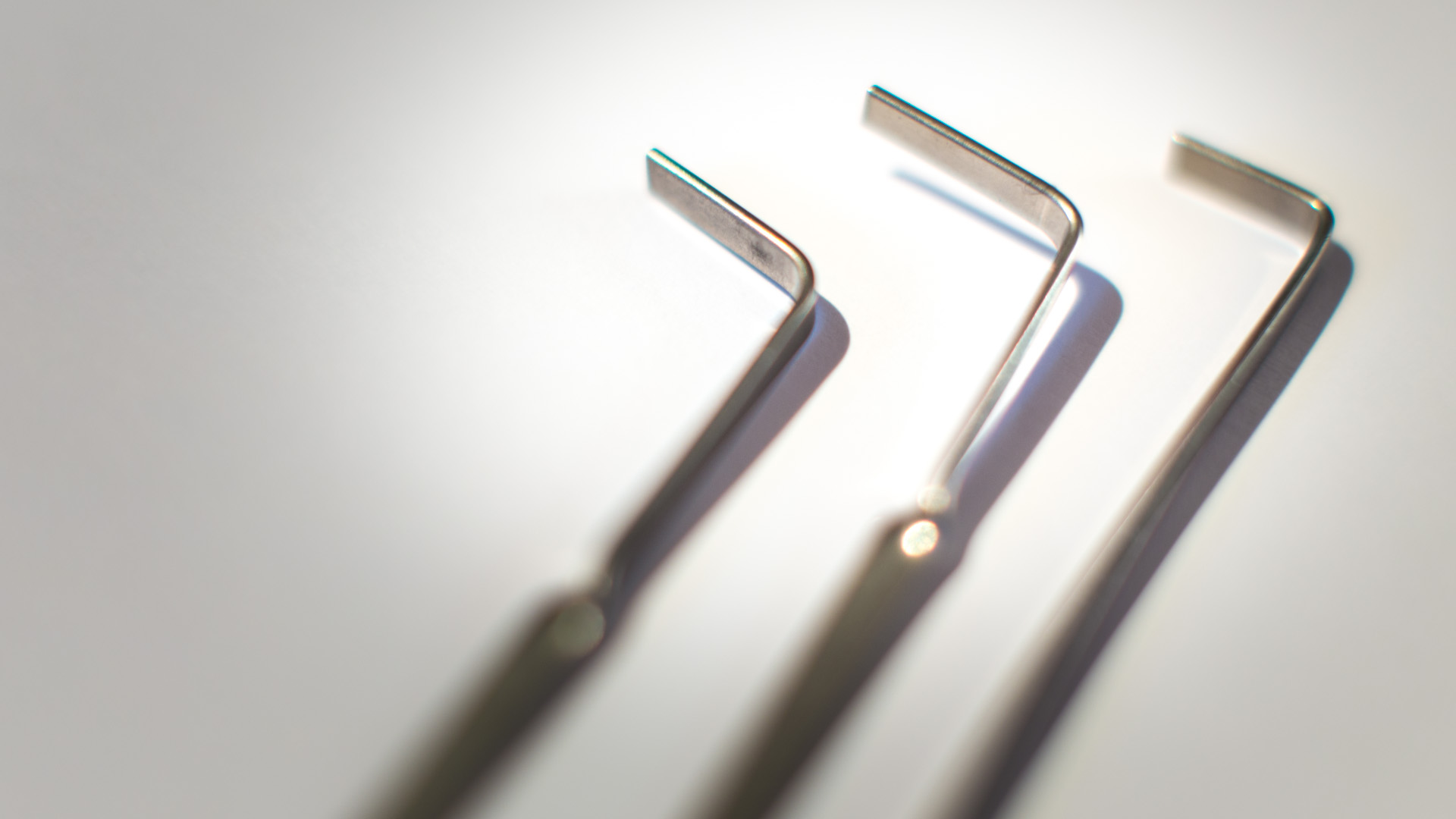 how to make a basic lock pick set