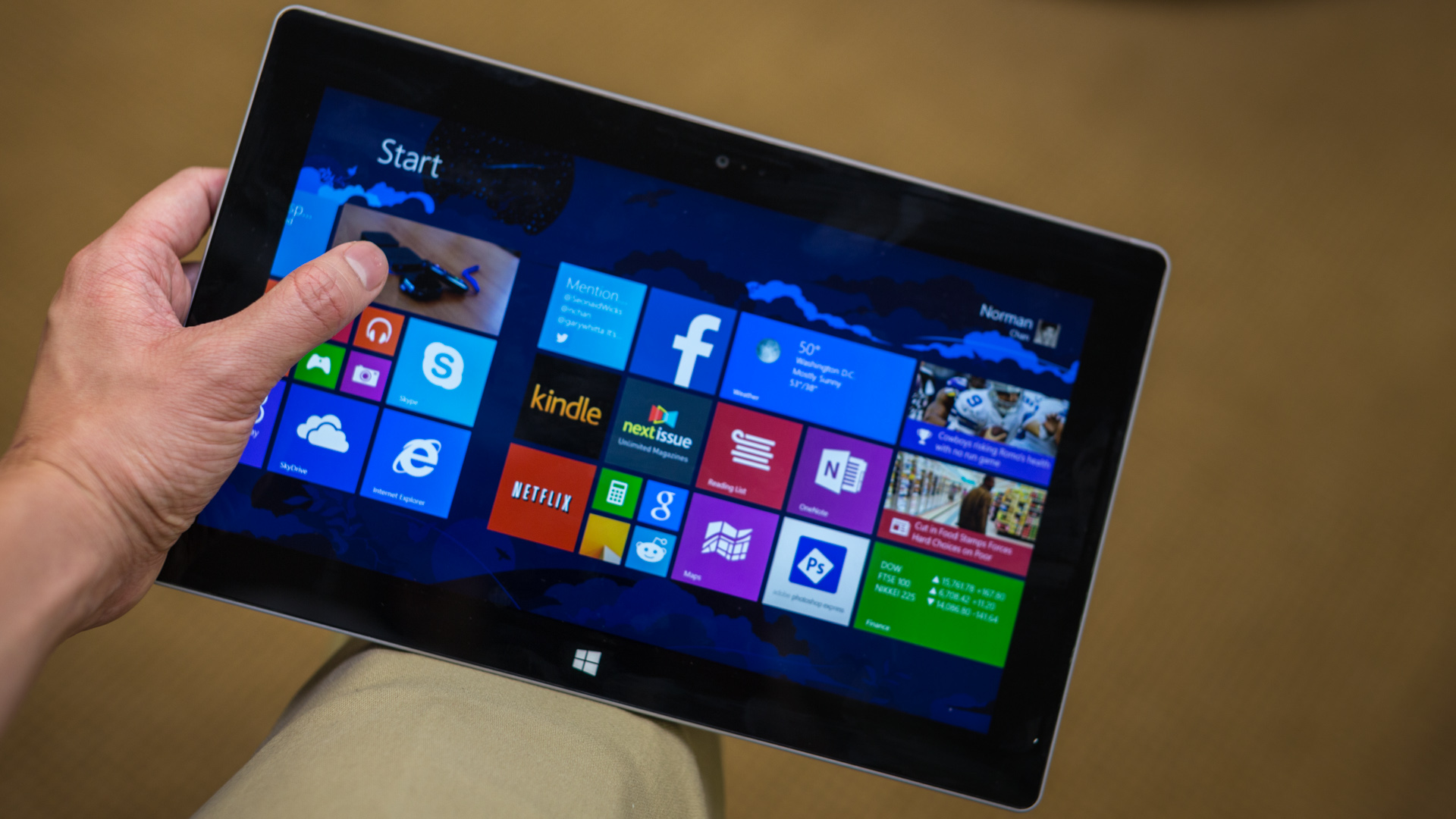 Testing Microsoft Surface 2 As Tablet Tested