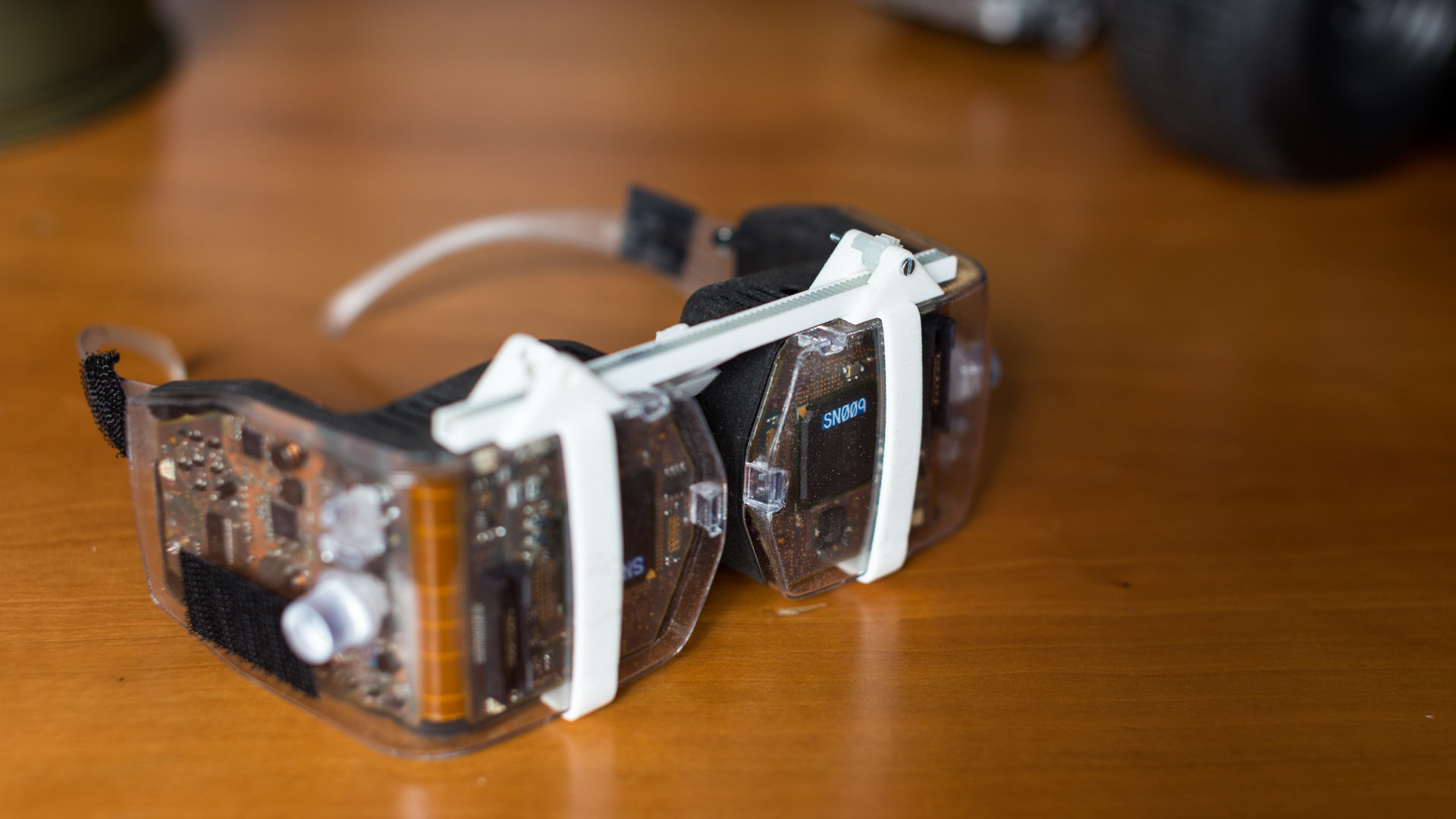 virtual retinal display All the technological developments required to achieve useful operation of miniature, laser scanned, virtual retinal displays have been demonstrated proto.