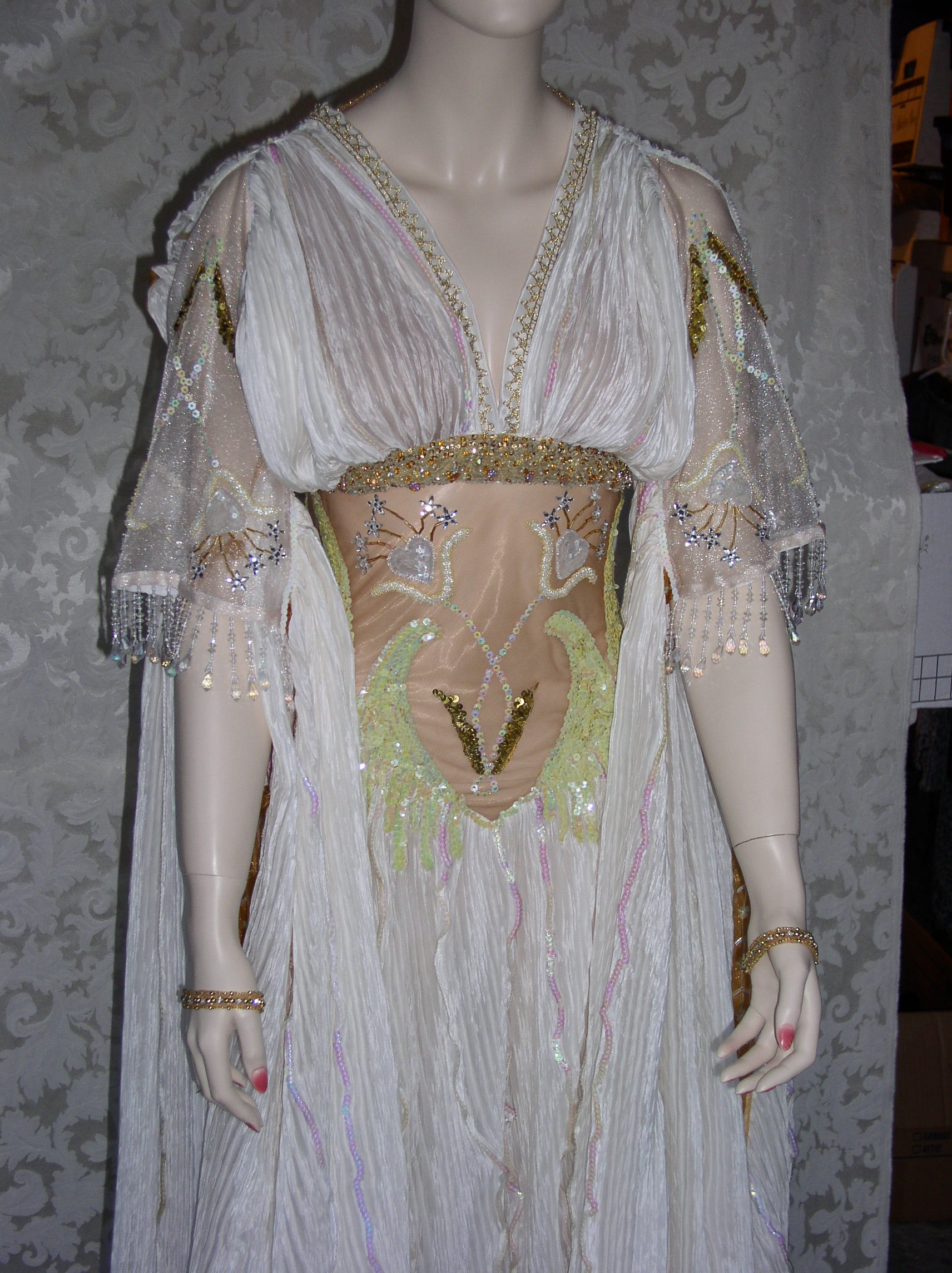 How to make a Van Helsing VERONA Vampire Bride Gown Dress Costume ...