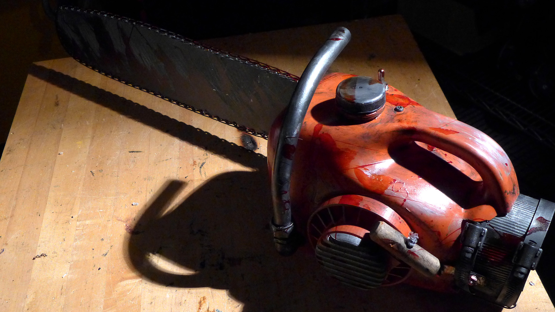 Bits to Atoms: Building an 'Evil Dead' Chainsaw - Tested
