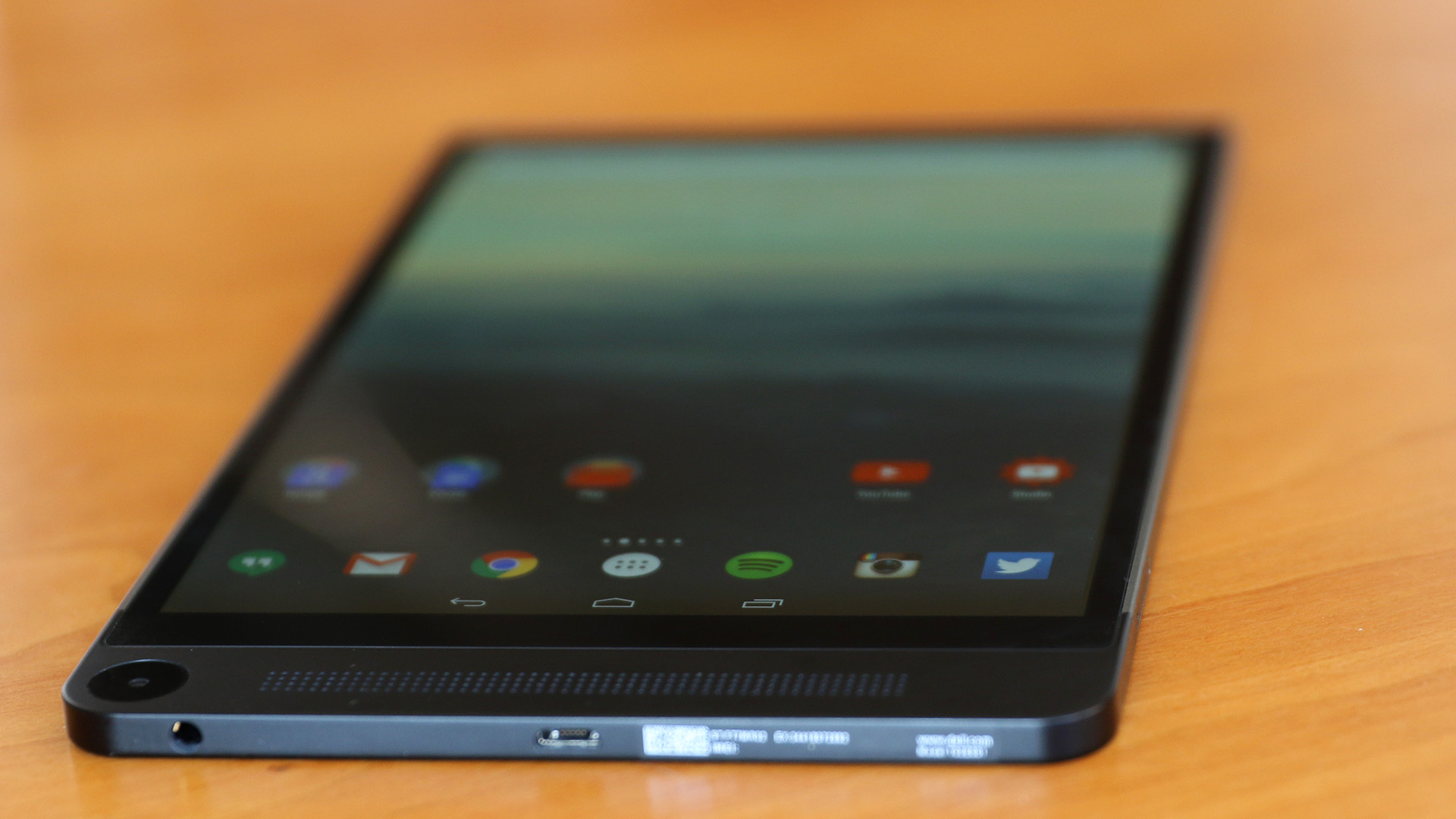 Testing: Dell Venue 8 7000 Tablet - Tested