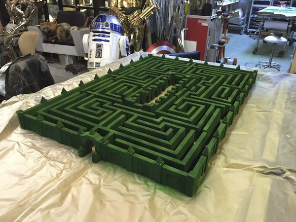 the maze and used two colors of spray paint to get the proper mottled texture i was looking for now im getting very excited