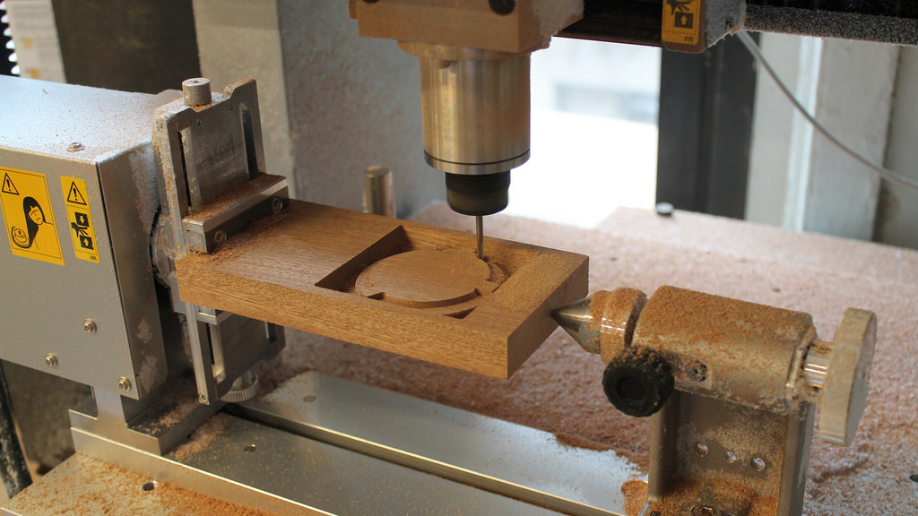 Milling Time: Testing the Roland MDX-540 4 Axis CNC - Tested
