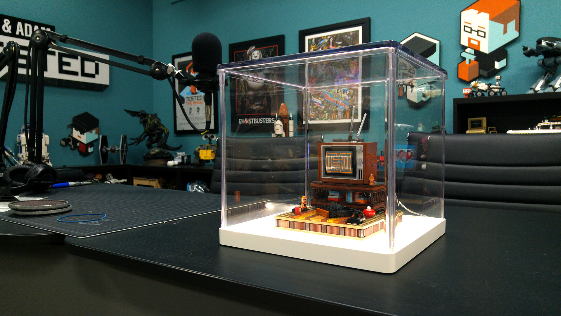 Iikea Synas Display Cases Tested