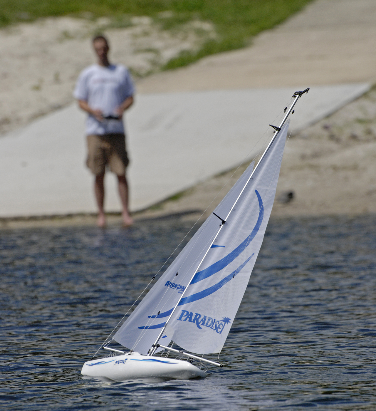 How To Get Started with RC Sailboats - Tested