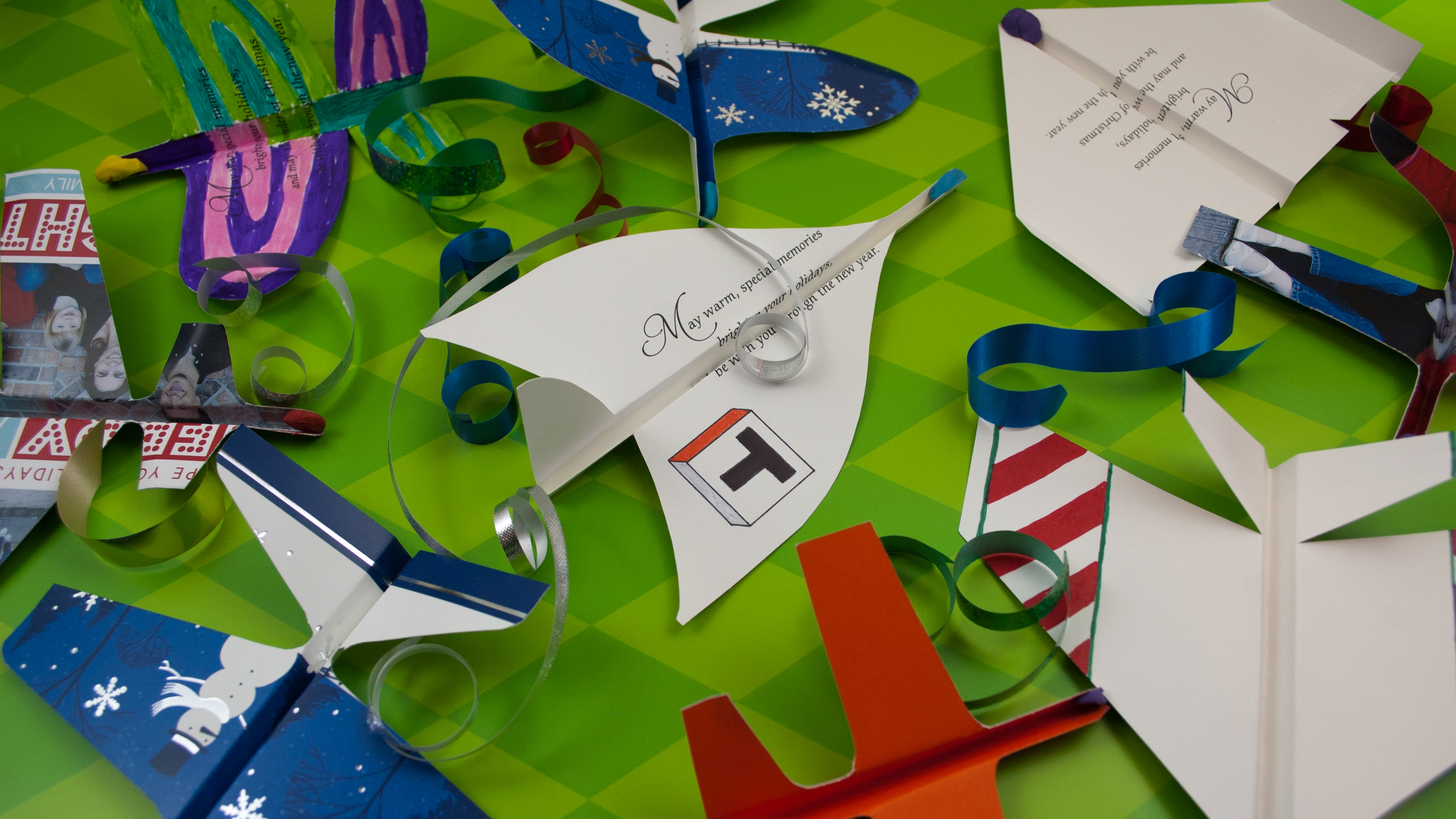 How To Make Airplanes from Christmas Cards - Tested