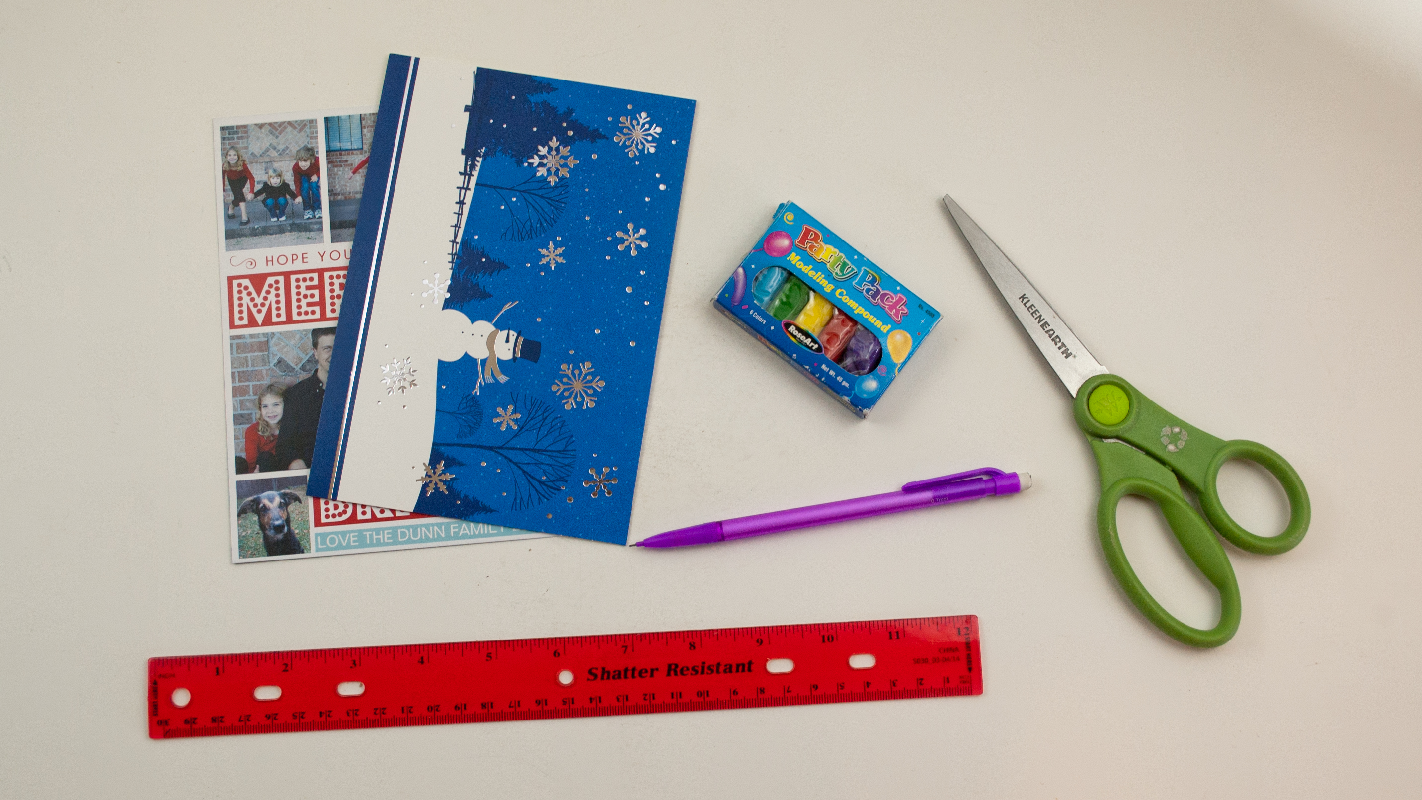 how to make airplanes from christmas cards tested