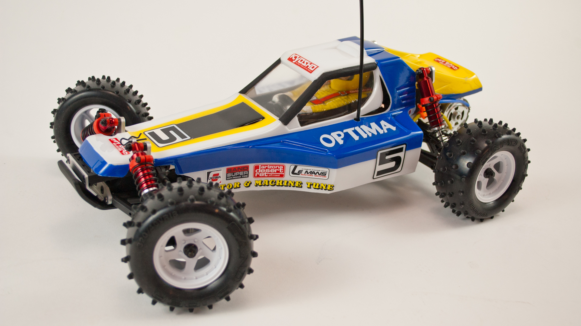 Building A Retro RC Racer - Tested