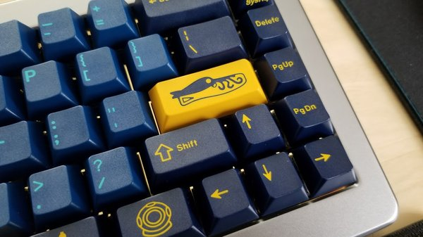 Custom Keyboard Spotlight: GMK Double-Shot Keycap Sets - Dr