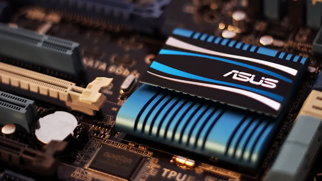Our Favorite Tech of 2011: UEFI BIOS and ASUS Auto Tuning
