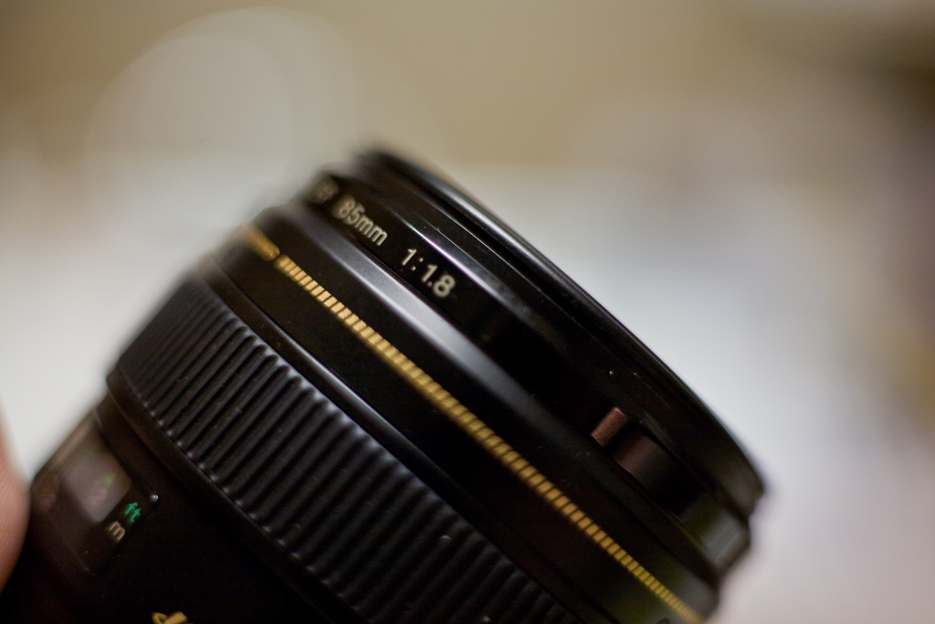 How To Choose The Perfect Lens for Your First DLSR - Tested